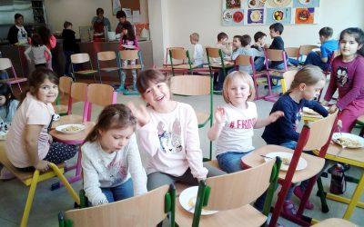 Holzwürmer an der Grundschule: April, April!